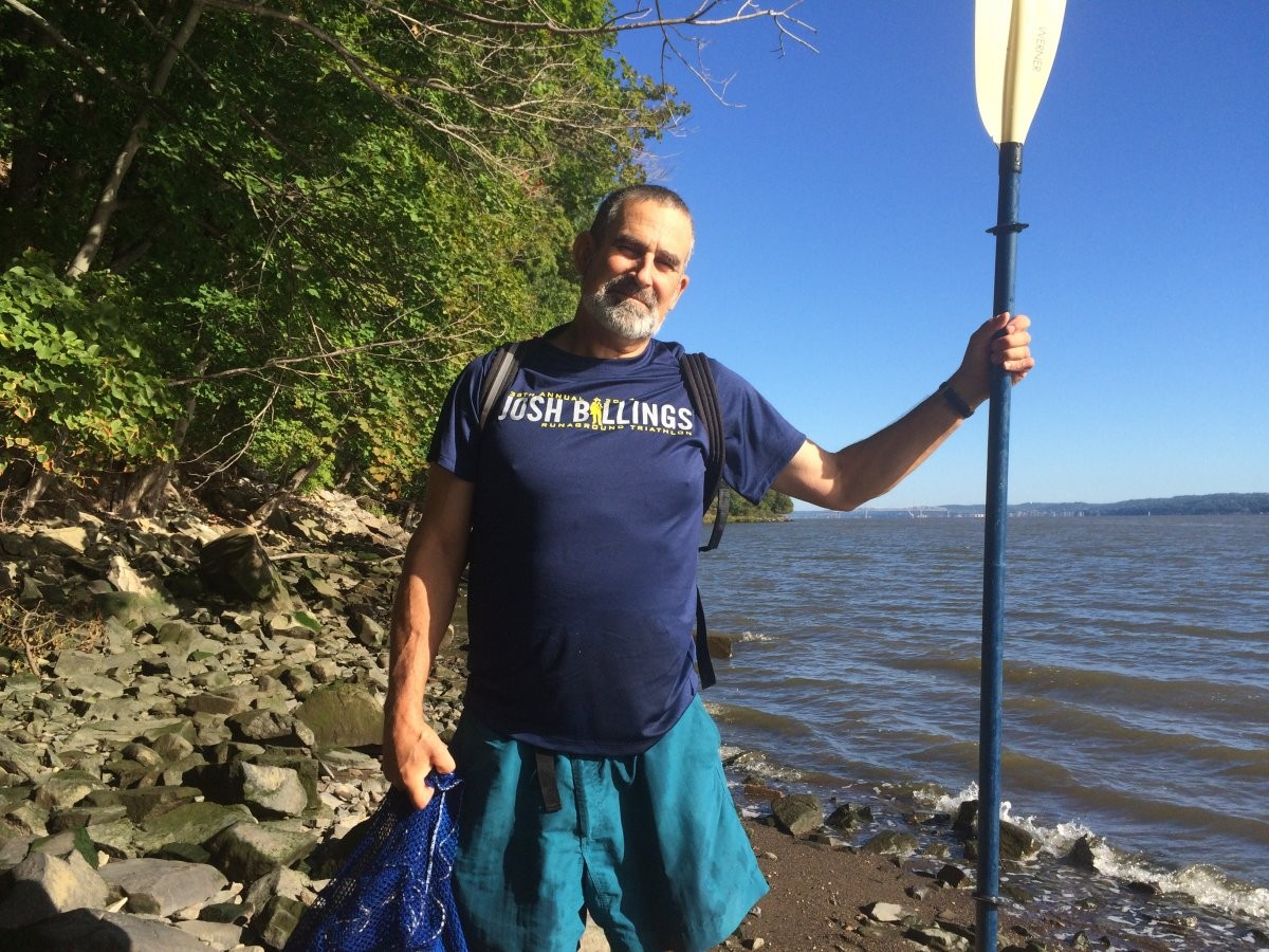Peter Kelemen (Professor of Earth and Environmental Sciences; Chair, Department of Earth and Environmental Sciences, Lamont-Doherty Earth Observatory) commutes via kayak from Hastings-on-Hudson, NY to the Lamont campus.